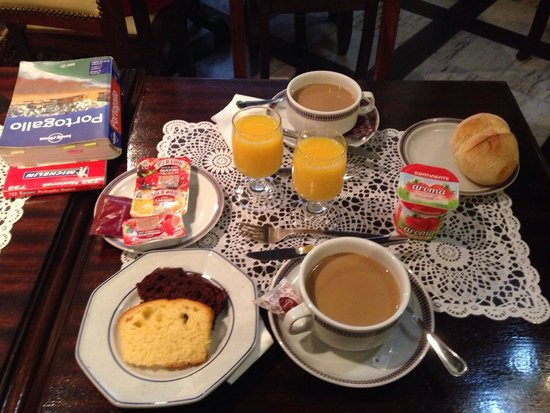 Hotel Jardim Viana Do Castelo: colazione discreta