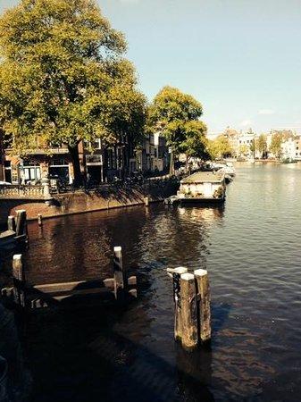 Rembrandt Square Hotel: vista di uno dei canali Amsterdam