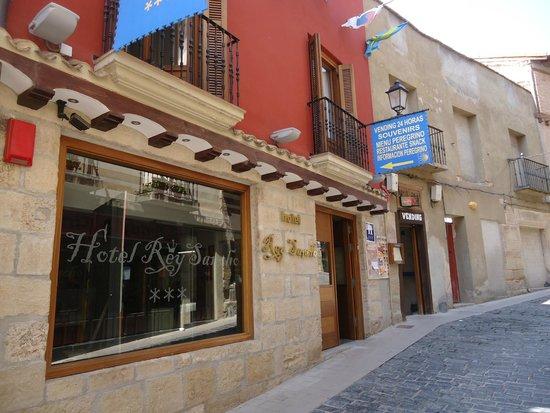 Hotel Rey Sancho : Entrada al Hotel