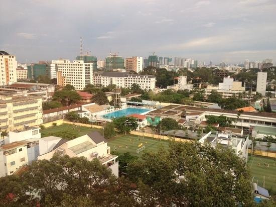 Hotel Equatorial Ho Chi Minh City : view from the club lounge