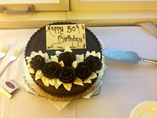 Crowne Plaza Times Square Manhattan: Fab 50th Birthday Cake