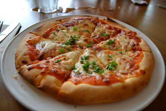 The Most Scrummy Gluten Free Pizza Picture Of The Olive Garden Oban Tripadvisor