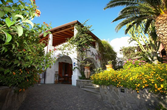 Photo of Residence Villa Fiorentino Lipari