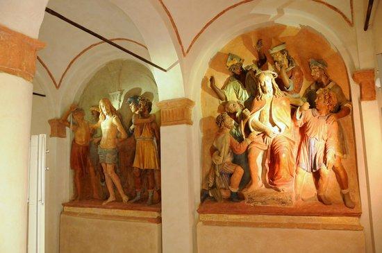 Sacro Monte San Vivaldo : opere