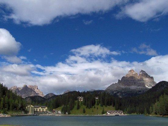 Grand Hotel Misurina: Hotel mit Bergwelt