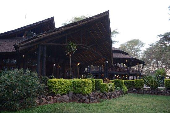 Ol Tukai Lodge: 外観