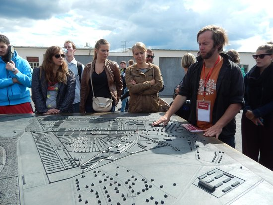 SANDEMANs NEW Europe - Berlin: Stephen: great guide, informative and full of respect