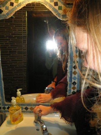 Dar el Yasmine : rm 1 bathroom
