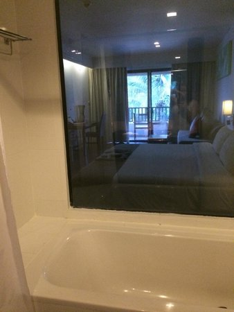 Sunprime Kamala Beach: Grand Deluxe Room with Pool View. You can see into the room from the bathroom ;)