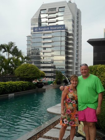 Banyan Tree Bangkok : the view from the pool area