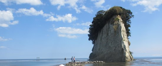 Mitsukejima Island : 珪藻土で出来た自然の芸術品