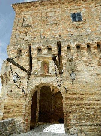 Corinaldo, Italia: Le mura
