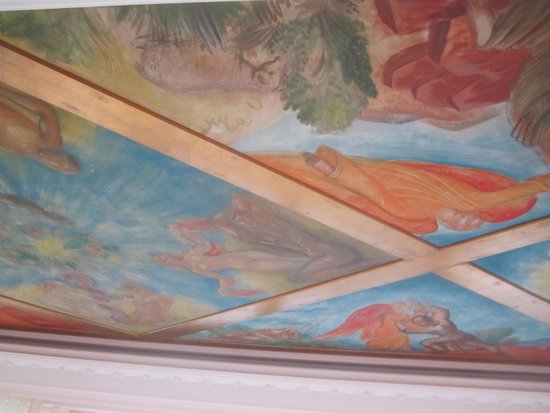 Scandic Infra City: Part of the painted ceiling in the penthouse
