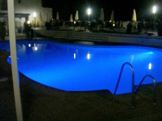 Nerja Club: piscina