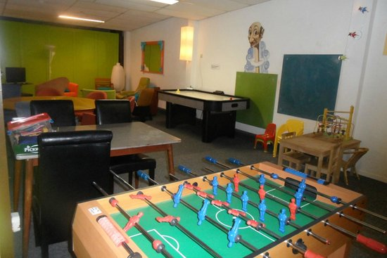 Hotel De Kroon: Play-room