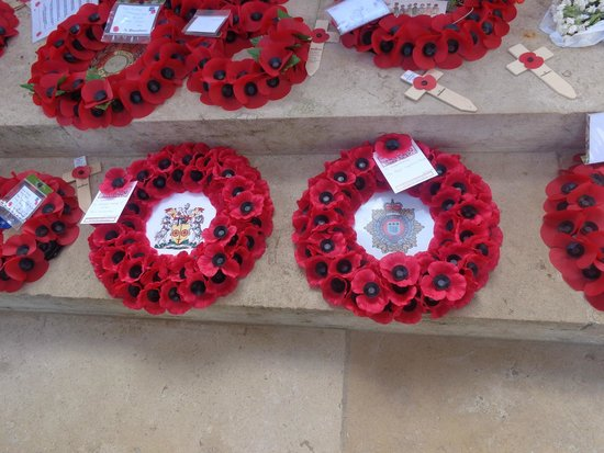 Mémorial de Thiepval : The wreaths laid by the Carmen Livery