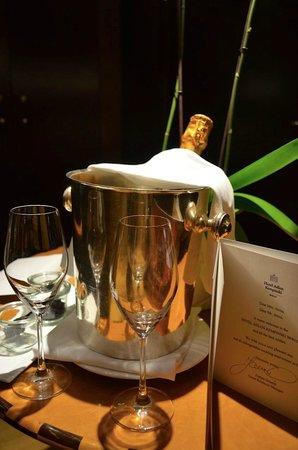 Hotel Adlon Kempinski: A very warm welcome...