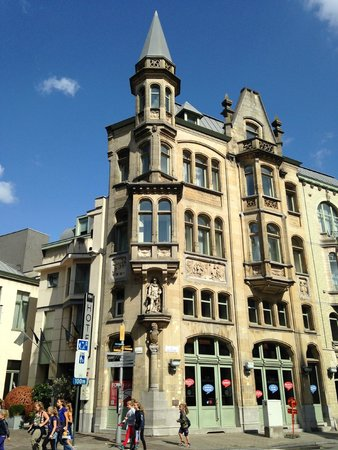 NH Gent Belfort: Hotel exterior