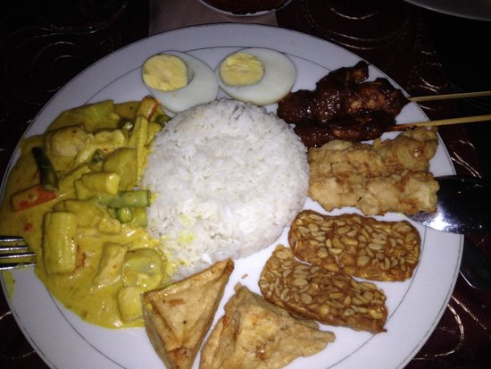 Sheppy`s Bar and Restaurant: Nasi campur