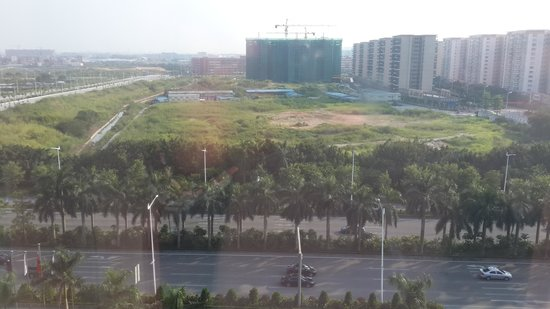 Crowne Plaza Guangzhou Huadu: Hotel view from my room