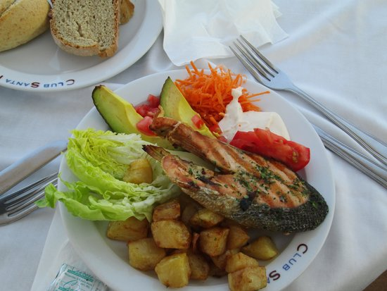 Club Santa Ponsa: Good selection of food