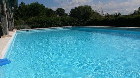 Domaine de la Mouthe : grande piscine