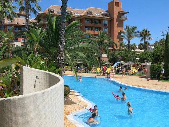 Puerto Antilla Grand Hotel : Piscina
