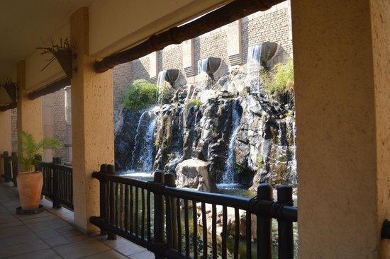 The Kingdom at Victoria Falls: Entrada do Hotel
