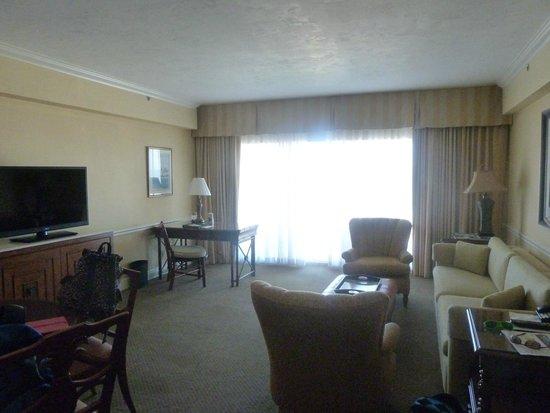 Lago Mar Beach Resort & Club: living room- 2 bed suite