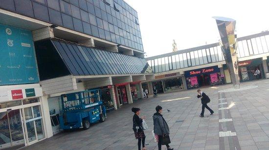 Rivergate centre the mall irvine picture of irvine for The rivergate