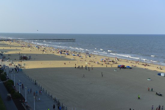 Barclay Towers Resort Hotel : View from balcony looking towards the 15th St Pier. The balcony is square to the seafront.