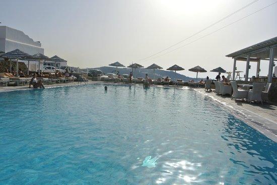 Myconian K Hotels : amazing pool