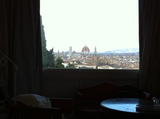 Villa La Vedetta : Vista dall'interno della Bellavista Suite
