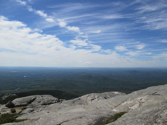 Mount Monadnock State Park: views at the top
