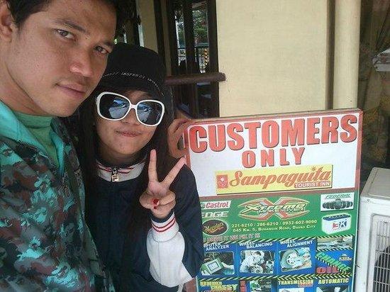 Sampaguita Tourist Inn: in front of Sampaguita Inn