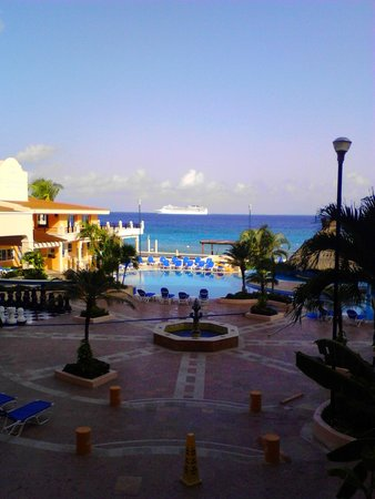 El Cozumeleno Beach Resort: from are room.