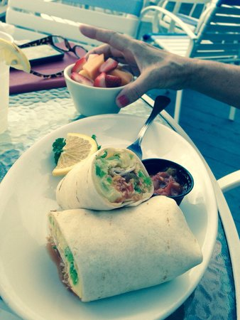 The Pub Waterfront Restaurant & Lounge : Wife's breakfast burrito
