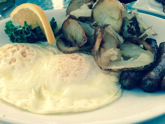 The Pub Waterfront Restaurant & Lounge : Dam, real fried potatoes like your mom use to make