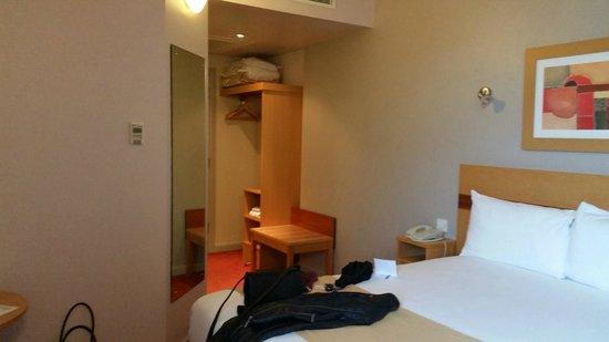 Jurys Inn Nottingham: Room