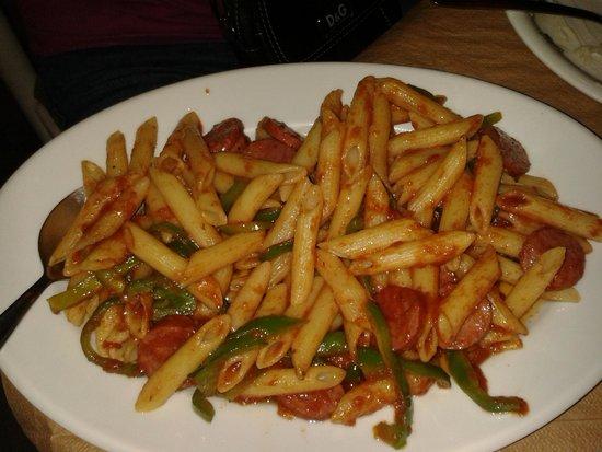 Colosseo Pizza Grill : PENNATTE PICCANTI