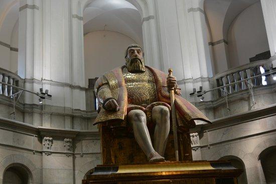 Statue of swedish king Gustav Vasa (Gustavo Erici) in Stockholm ...