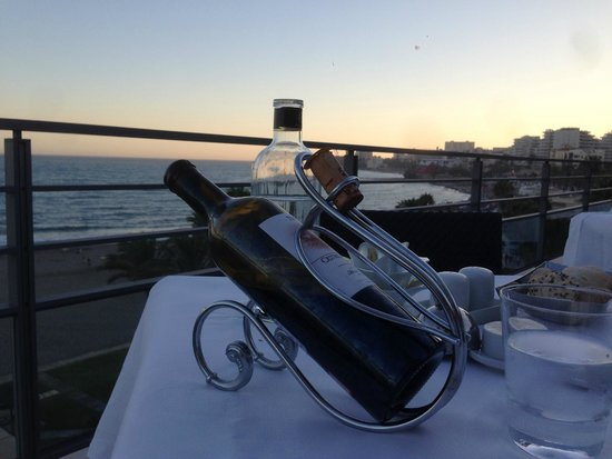 Vincci Seleccion Aleysa Hotel Boutique & Spa: Dining at Sunset