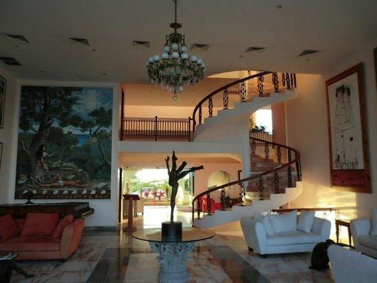 Hotel Casa Turquesa: Treppenaufgang in der Lobby