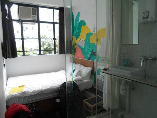 Hop Inn: Our room