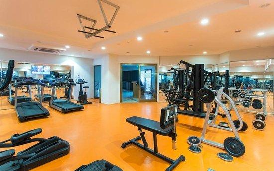 Club Hotel Falcon : Fitness Room