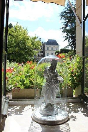 L'Orangerie du Château : VUE SUR LE CHATEAU DE BLOIS