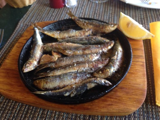 U Casanu : Number 13 on mains, pan fried Sardines in olive oil, garlic and rosemary.