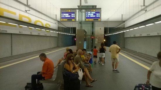 Tranvía de Alicante: Tram station