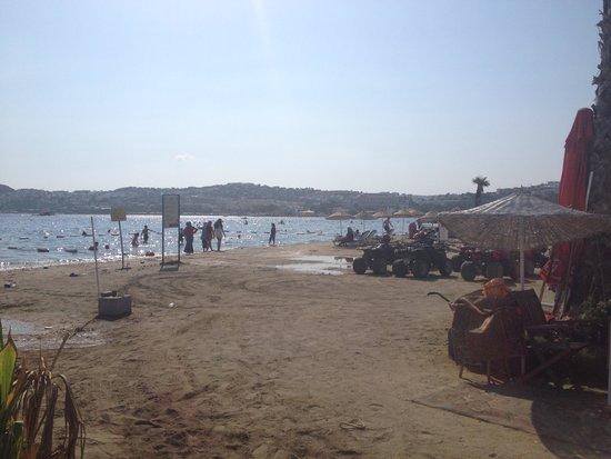 Club Hotel Flora: Gumbet Beach