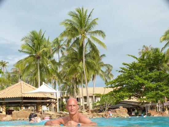 Lagoi, Indonesia: Geweldig mooi zwembad